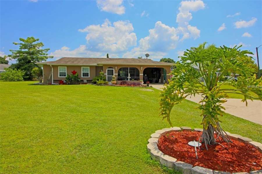 Beautiful Move-In Ready Port Charlotte Home