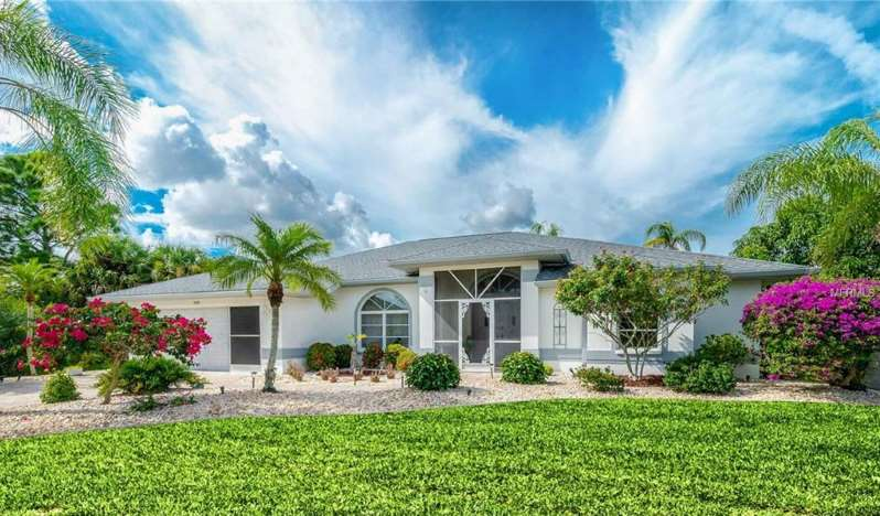 Recently Remodeled Port Charlotte Waterfront Home