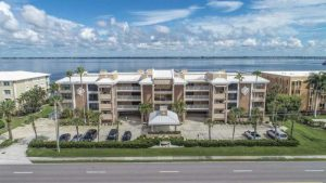 Wonderful Harbor View Champagne Estates Condo