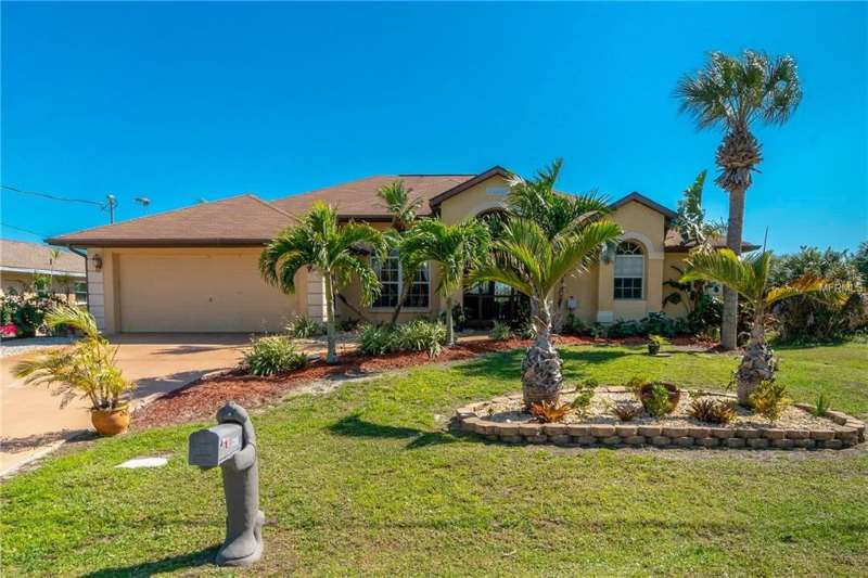 Fabulous Port Charlotte Waterfront Home