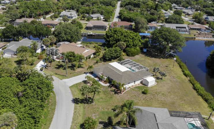 Waterfront Port Charlotte Pool Home